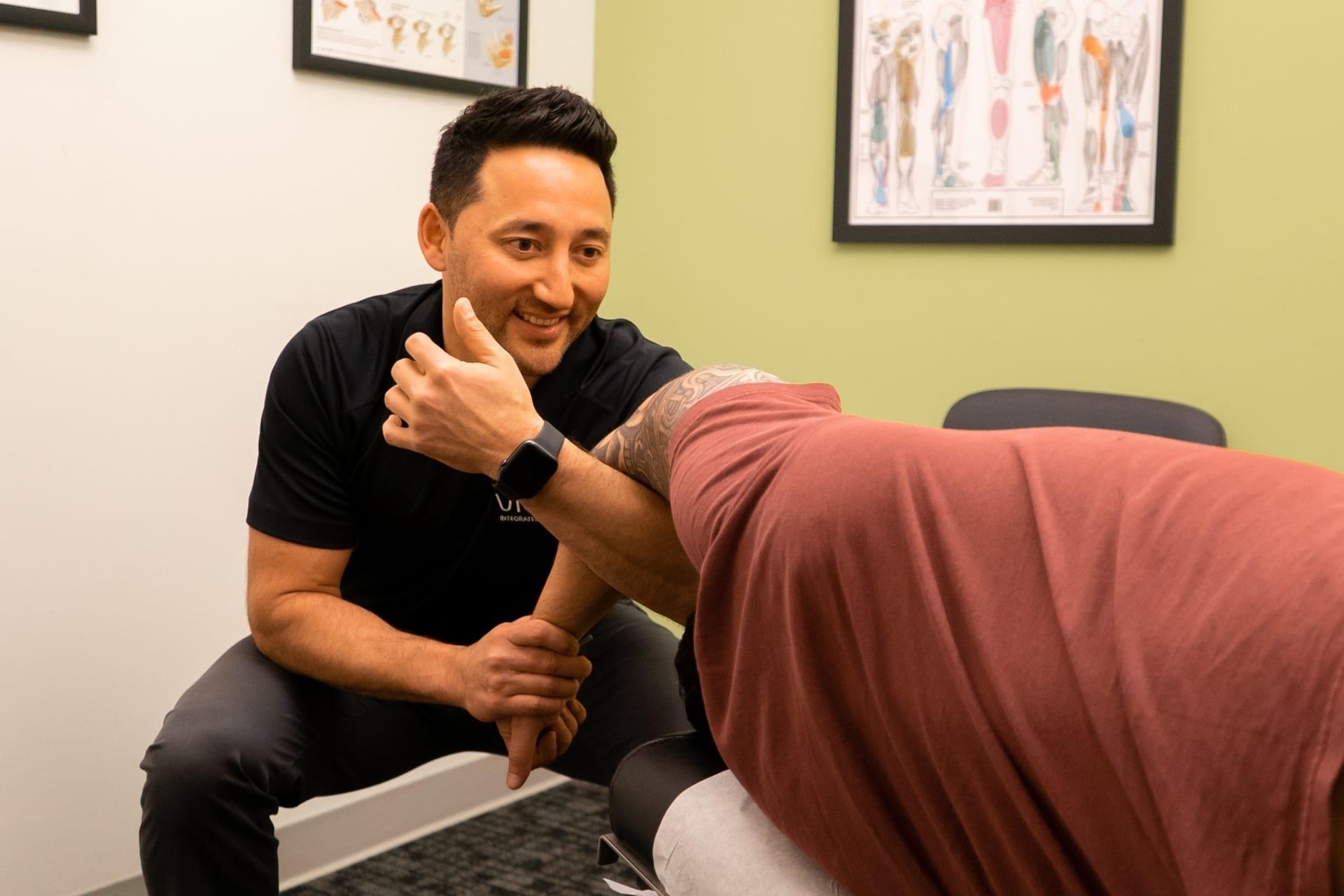 Chiropractic Care with Dr Kris Sasaki Vida Seattle