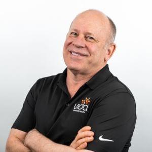 Dr Lew Estabrook